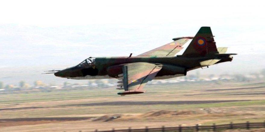 Azerbaycan Ermenistan'a Ait Savaş Uçağını Düşürdü!